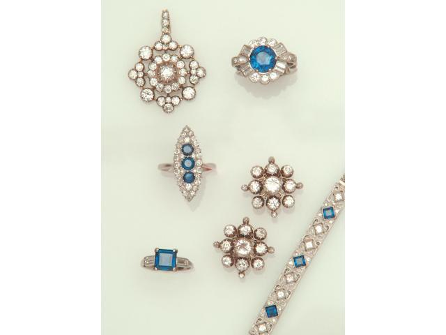 A Victorian diamond brooch/pendant (2)