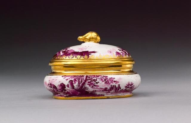 A good Meissen sugar box and cover circa 1728-30
