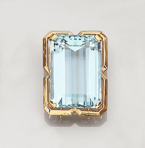 An aquamarine clip brooch, French
