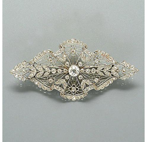 An Edwardian diamond-set brooch