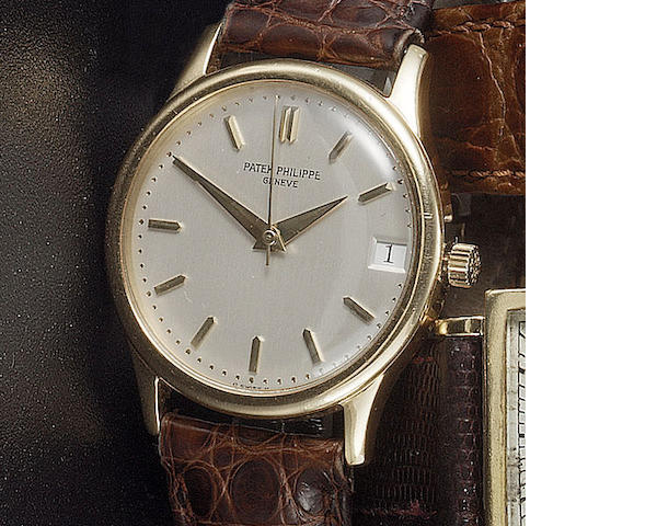 Patek Philippe. A fine 18ct gold automatic calendar wristwatch   Ref:3998, Case No.2886596, 1990s  3