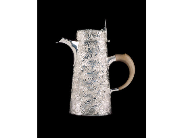 ANTHONY ELSON : A silver coffee pot, London 1972,