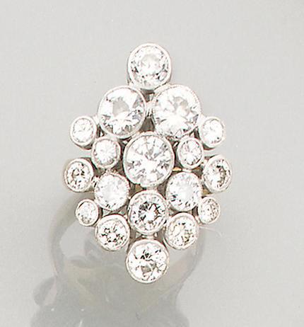 A diamond-set cluster ring