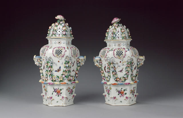 An impressive pair of Worcester hexagonal 'Frill' vases and covers circa 1770-72