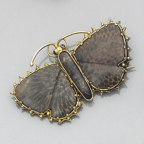 Two Georgian agate butterfly brooches,