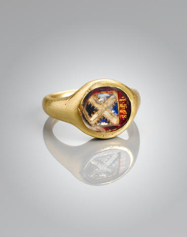 A fine and rare Elizabethan gold and foiled crystal armorial signet ring,
