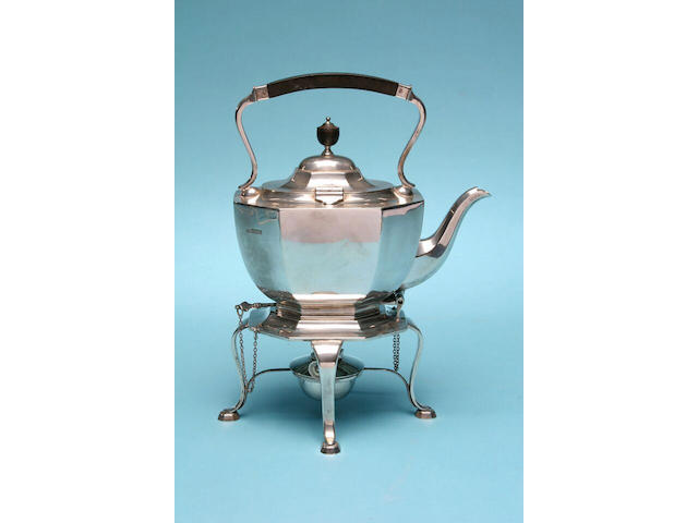 An octagonal tea kettle on stand, by Elkington and Co., Sheffield 1910,