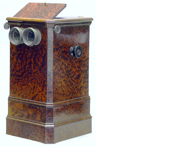 Table top cabinet stereoscopic viewer