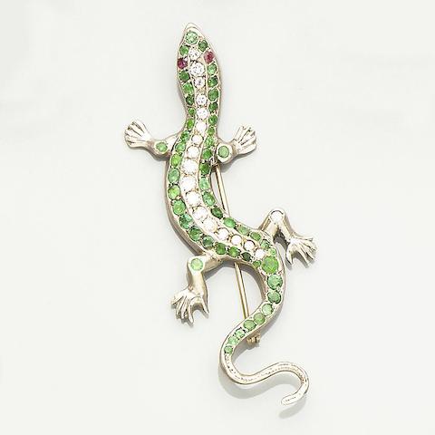 A gemset salamander brooch,