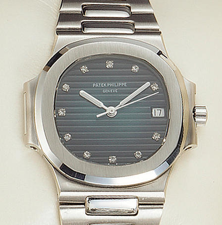 Patek Philippe. A stainless steel automatic wristwatch with diamond dial'Nautilus' Ref:3800/1A, sold on the 10th of December 1998