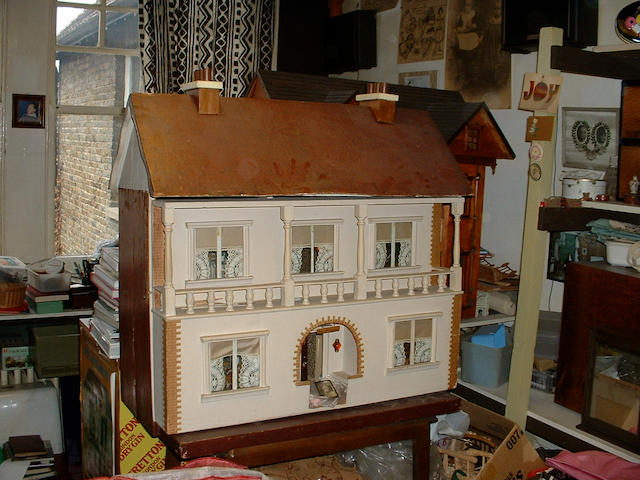 'Southerndown' Doll's house, English circa 1910