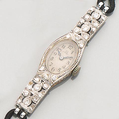 Omega: A diamond set lady's wristwatch (2)