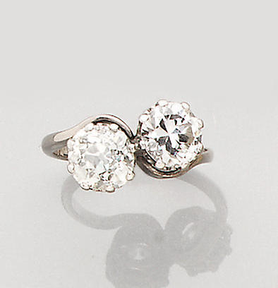 A diamond two-stone crossover ring