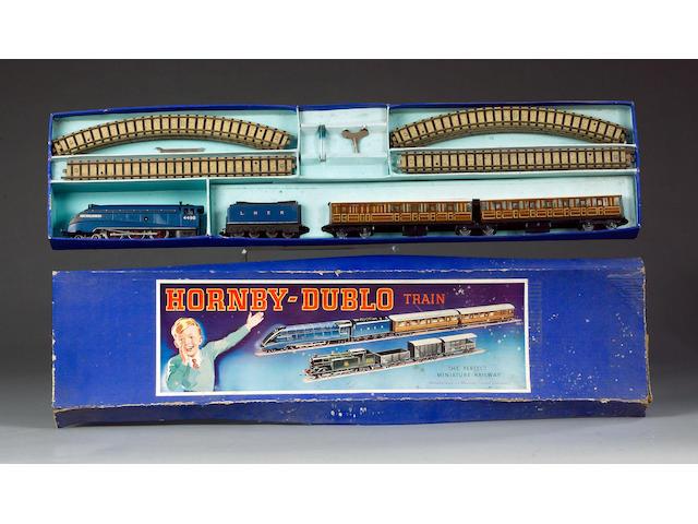 Hornby Dublo (pre-war) DP1 Passenger Train set