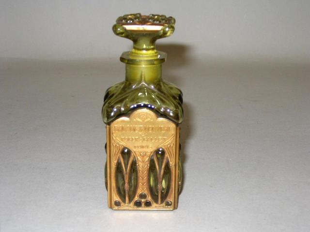 A Roger & Gallet 'Bouquet Nouveau' perfume bottle and stopper