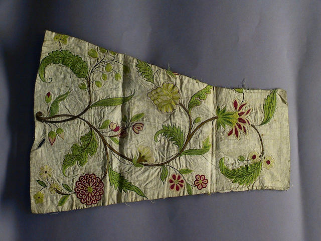 An early 18th Century baby's mitten of linen fabric