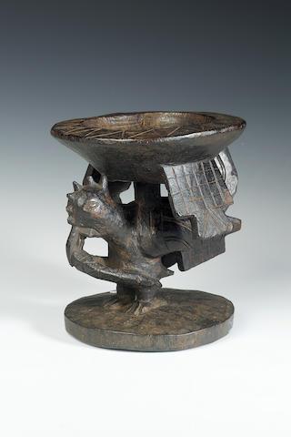 A Yoruba kola nut bowl