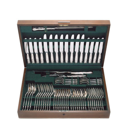 A modern silver King's pattern table of flatware and cutlery for eight, in fitted canteen, Sheffield 1979, and six silver coffee spoons.