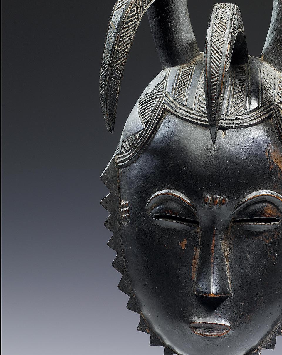 A fine Yaure mask 33.7cm