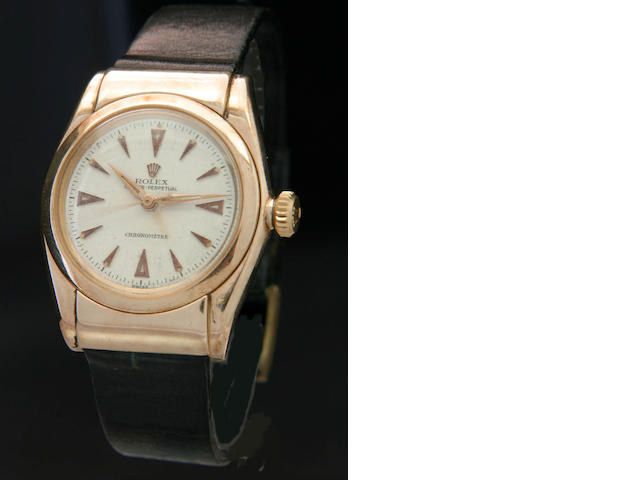 Rolex. A rare 14ct gold automatic wristwatch Oyster Perpetual 'hooded bubbleback' Ref:3065, 1940s