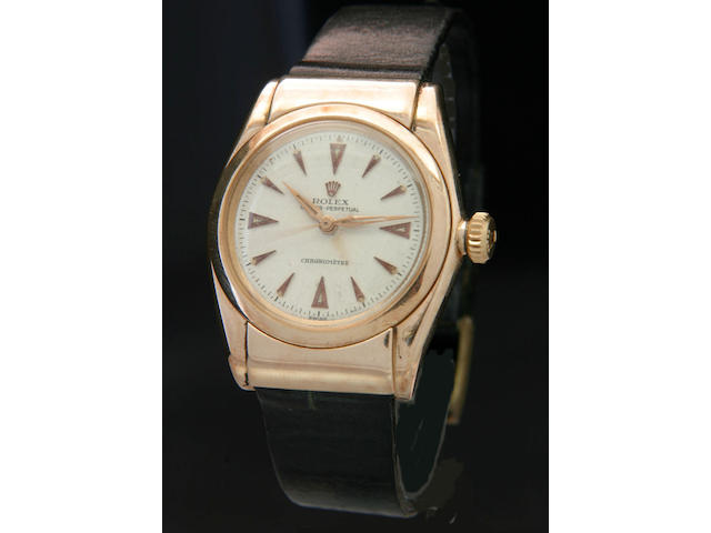 Rolex. A rare 14ct gold automatic wristwatchOyster Perpetual 'hooded bubbleback' Ref:3065, 1940s