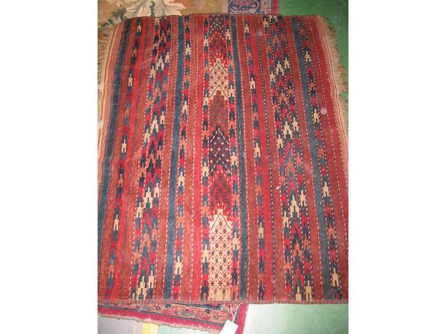 A Turkoman rug West Turkestan, 105cm x 136cm