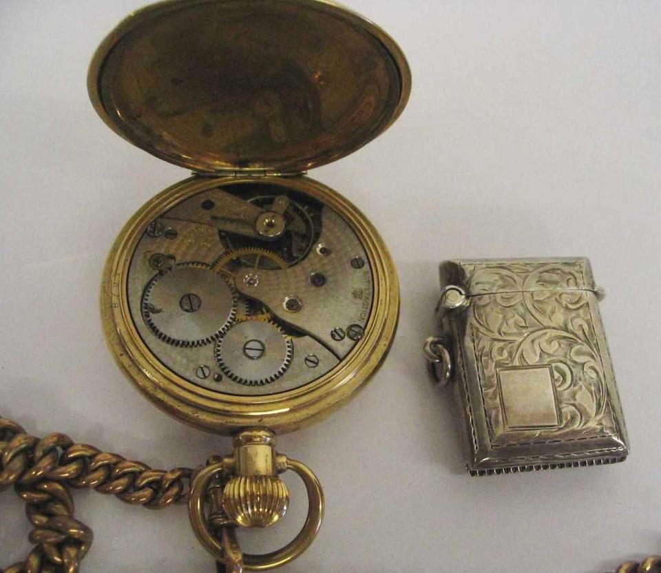 A gold plated half hunter pocket watch 3