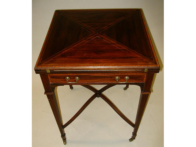 An Edwardian mahogany, satinwood crossbanded, chequer and line inlaid envelope card table,