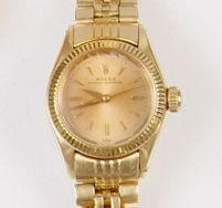 Rolex: A lady's 18ct gold Oyster Perpetual wristwatch