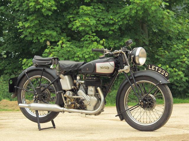c.1939 Norton 490cc 16H  Frame no. 81571 Engine no. W93922