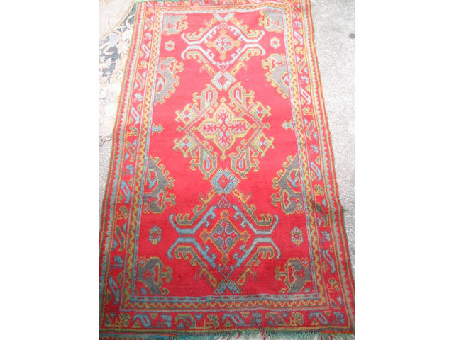 A 'Turkey Red' rug