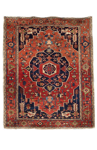 A Serapi rug North West Persia, 6 ft 3 in x 5 ft 1 in (190 x 155 cm)