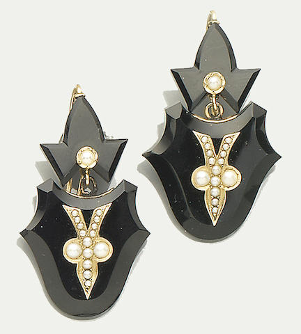 A late 19th century onyx and half pearl brooch/pendant and pair of earrings, (3)