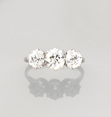 An early 20th century diamond three-stone ring