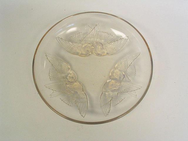 René Lalique 'Nonnettes' an Opalescent Glass Bowl, design 1928