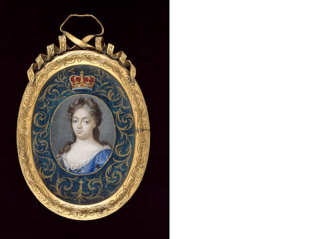 English School, Mary II (1662-94), Queen of England and Scotland, wearing blue dress held with jewelled clasps, an ermine shawl on her right shoulder, gold border, the painted surround with gold foliate design on a green background surmounted with a gold coronet