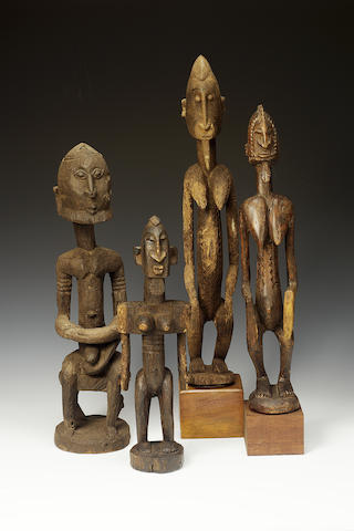 Four smaller Dogon figures 4