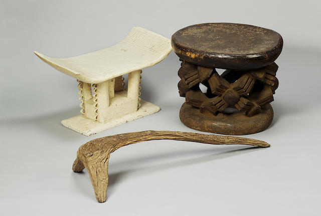 Two Lobi Stool