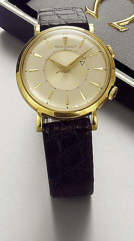 Jaeger Le Coultre. An 18ct gold centre seconds alarm wristwatch Memovox, 1950s