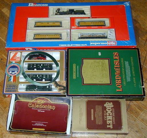Various manufacturers sets 5