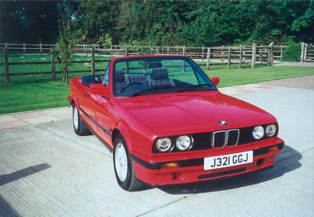1992 BMW 318i Convertible WBABA52DX0EJ3556