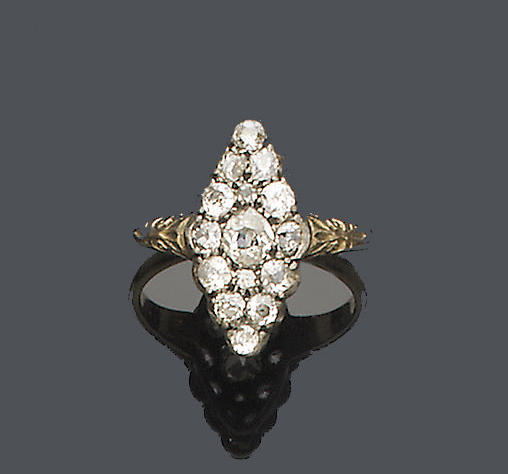 A late 19th century diamond cluster ring,