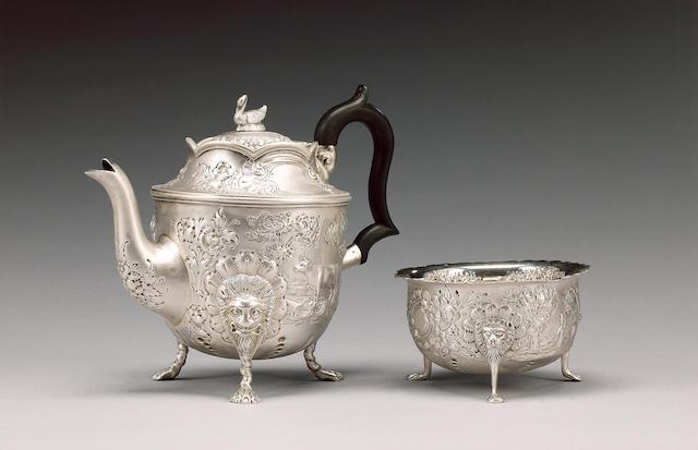 An Edwardian Irish silver tea pot and sugar bowl, maker's mark J.S , Dublin 1904,
