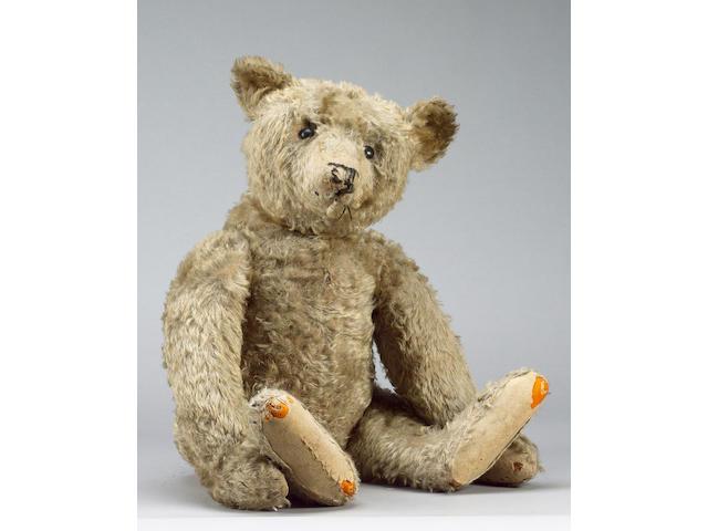 Large Steiff Teddy bear, German circa 1909
