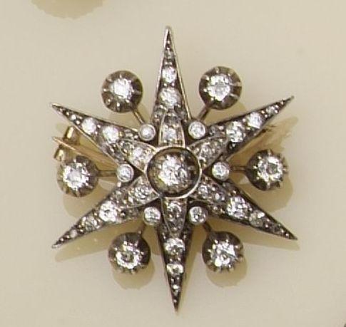 A Victorian diamond star brooch/pendant