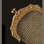 A 9ct gold evening purse