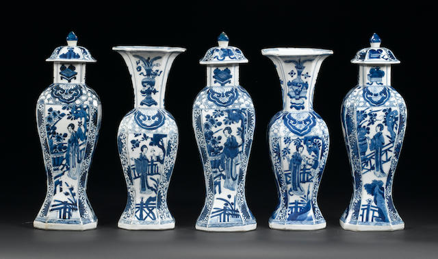A very fine blue and white lobed octafoil five-piece garniture Kangxi