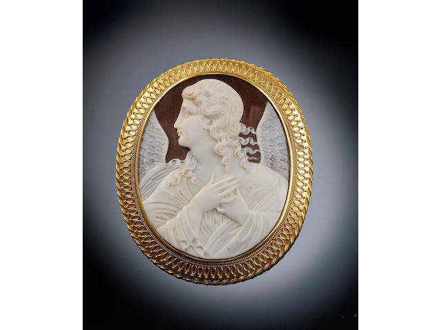 A Victorian oval shell cameo