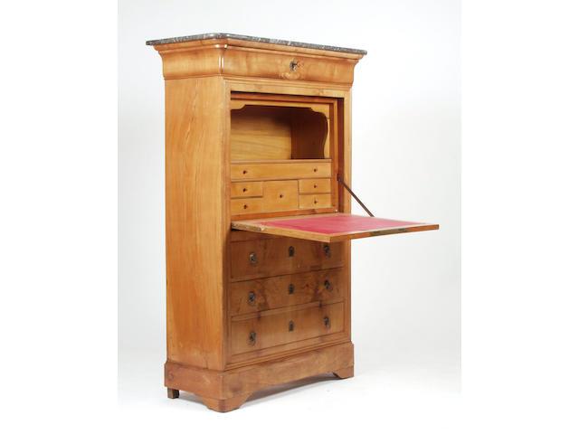A walnut Biedermeier secretaire desk