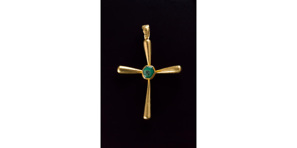 A Byzantine solid gold cross